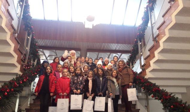 Întâlnire cu Moș Crăciun la Primăria din Mediaș